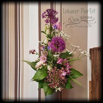 Blumenstrauß gestuft