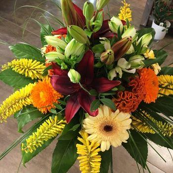 dekorativer Strauß orange/gelb